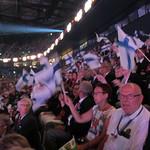 Suomalaiset istuttiin yhdessä ryhmässä ja se kyllä huomattiin.